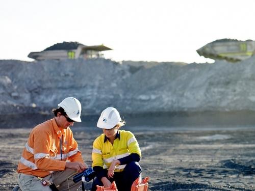 Desmonte de Rochas e Operações Mineiras