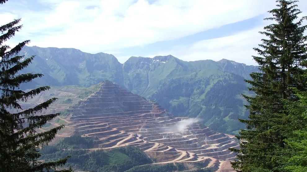 Mineração em Unidades de Conservação: Possibilidades e Restrições