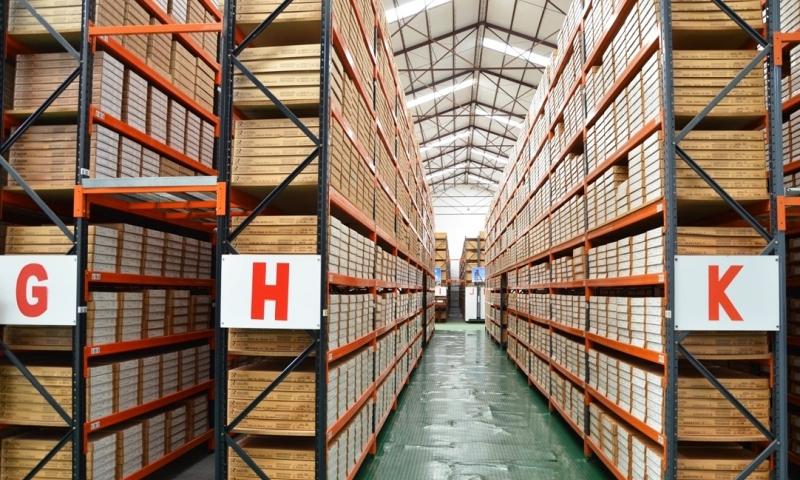 Como organizar os dados históricos dentro de um Sistema de Banco de Dados Geocientíficos?