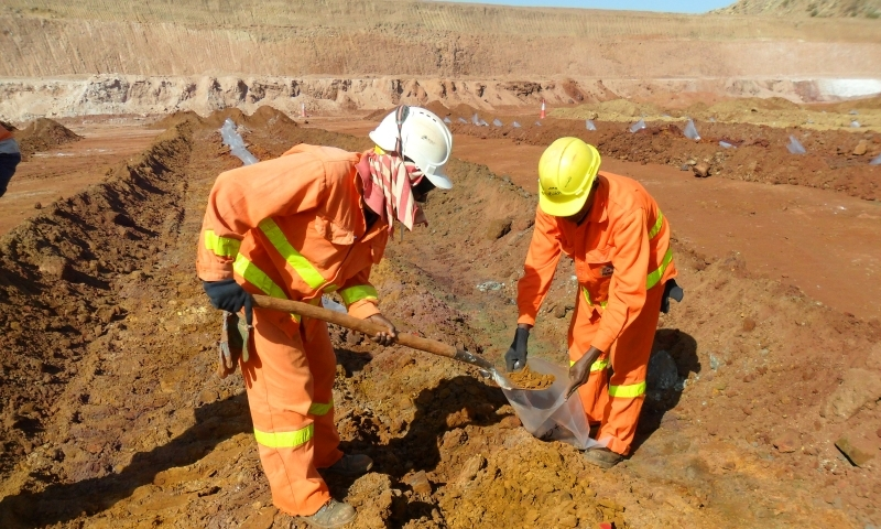 Compreendendo o estado de tensões do maciço de solo